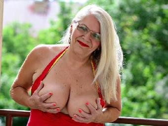 Anal-Sex, Dominant, Exhibitionismus, Oralsex, Sexspielzeug, Swinger